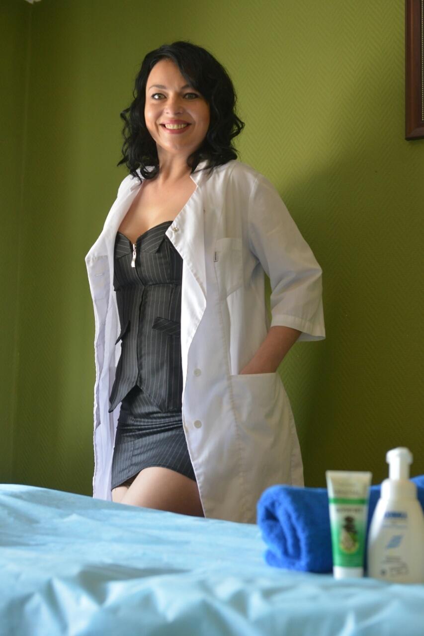 Урологический массаж простаты: показания к процедуре, техники выполнения и общие правила