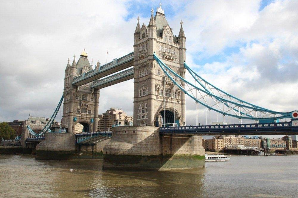 Тауэр и тауэрский мост в лондоне | мировой туризм
