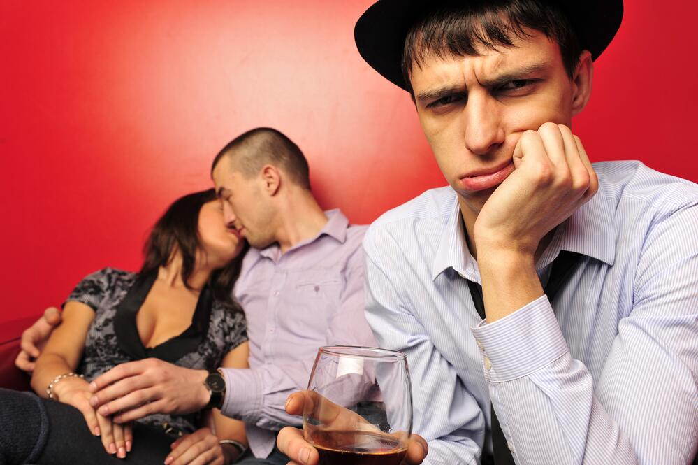 Причины морального самобичевания: что означает слово, как избавиться