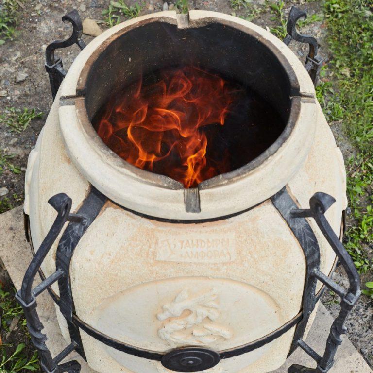 Чтобы блюда в тандыре получились великолепными, нужно уметь им пользоваться! как именно готовить в этой печи?