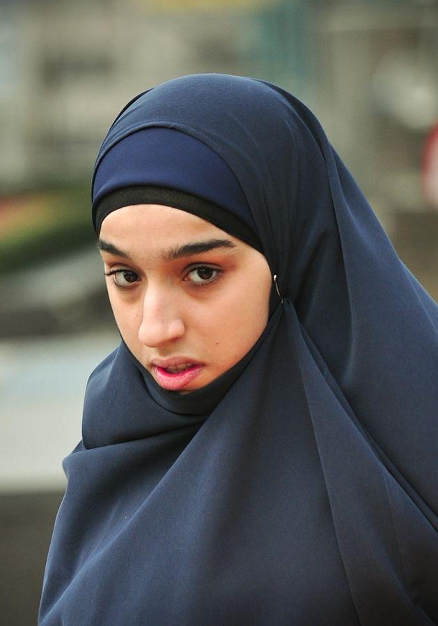 Хиджаб в коране. хиджаб достоинства и значимость. что такое хиджаб и зачем он нужен. почему исламские женщины носят хиджаб. хиджаб залог семейного счастья. значимость хиджаба.