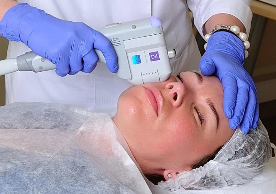 Лифтинг лица, процедуры для подтяжки овала: виды, польза и вред, отзывы на фото и видео