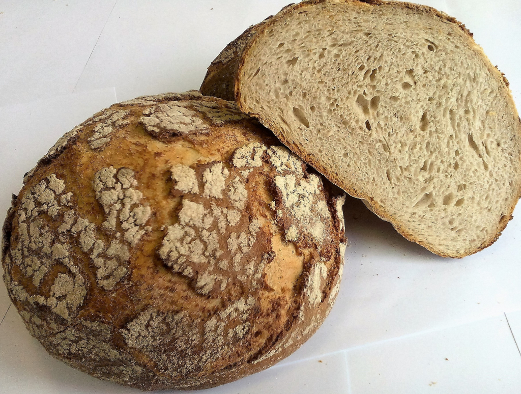 Заварной хлеб: польза, состав, отличие от традиционного