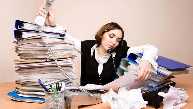 Работа по совместительству: что это, разница в совмещением должностей
