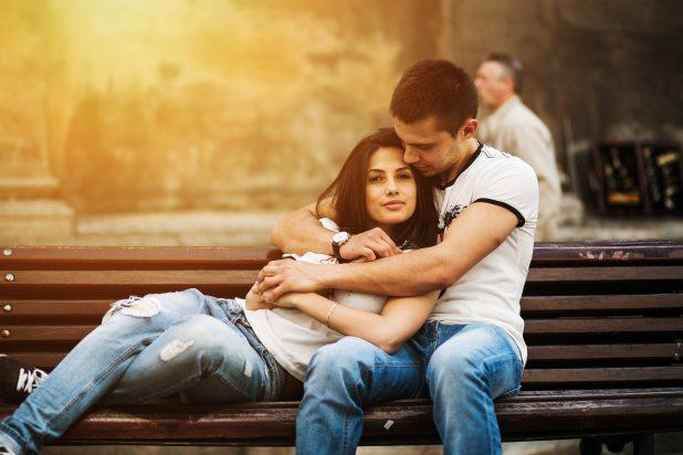 Что такое любовь: определение, 36 видов, стадии развития + примеры