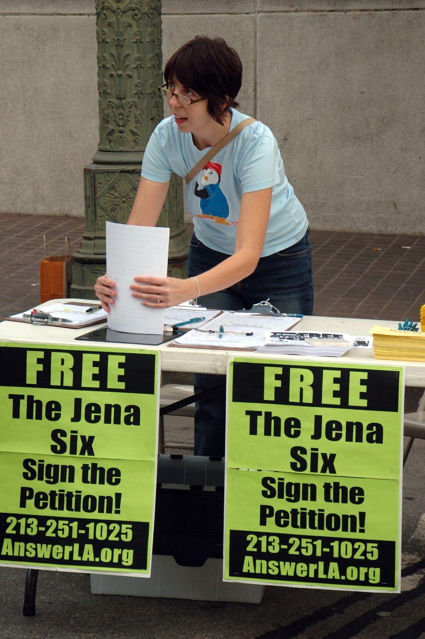 Как работают петиции на change.org - афиша daily