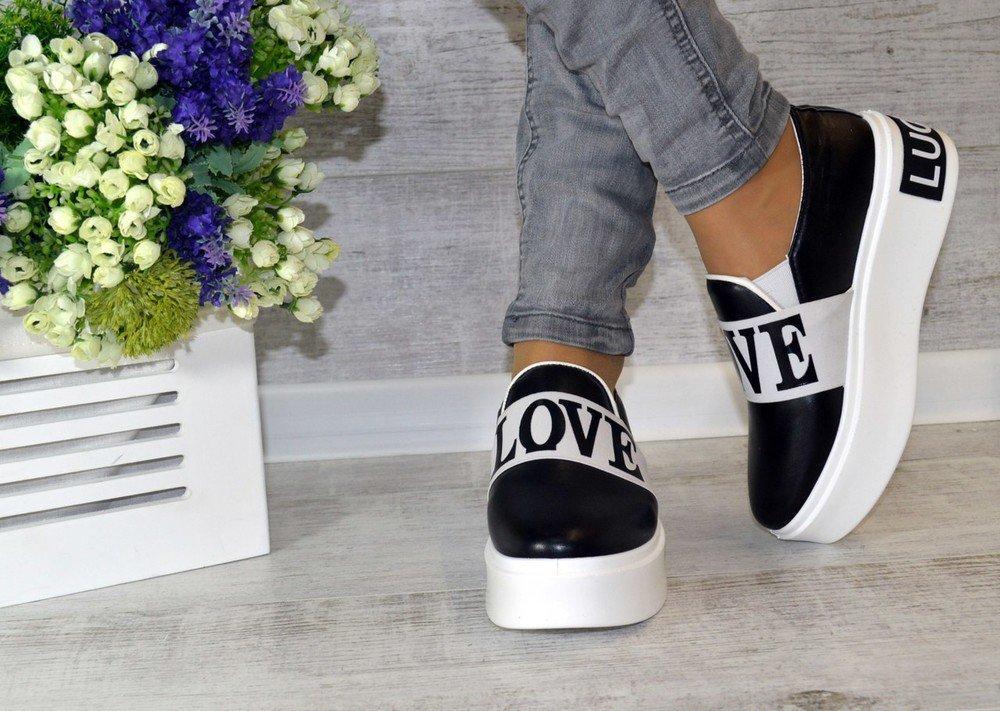 Мужские слипоны (84 фото): что это такое? кожаные белые и черные модели, lakoste и adidas, bottega veneta, prada и другие бренды. с чем носить слипы?