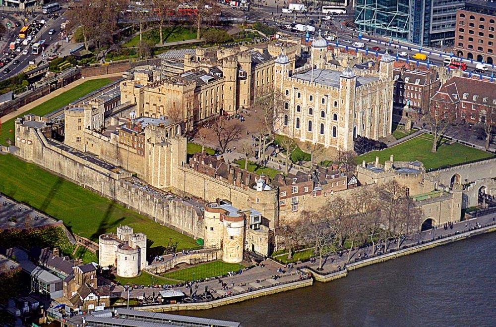 Лондонский тауэр - история, белая башня, тюрьма, вороны таура в лондоне