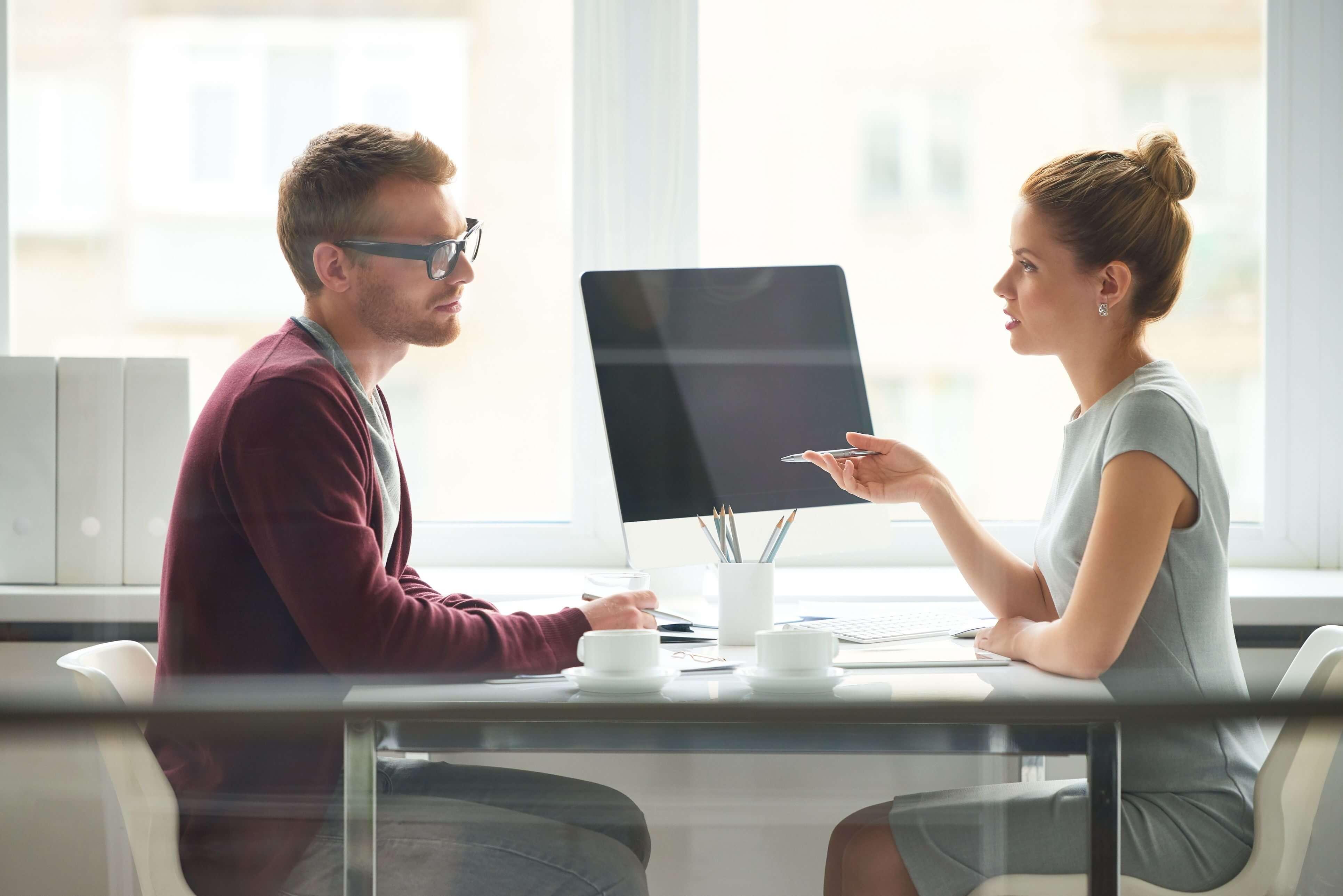 Интервью - виды интервьюирования, как брать и писать