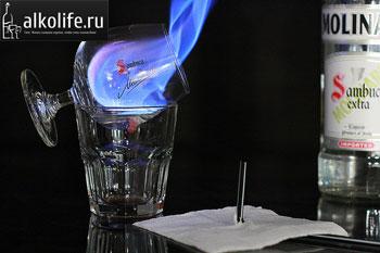 Как пить самбуку – 10 испробованных способов