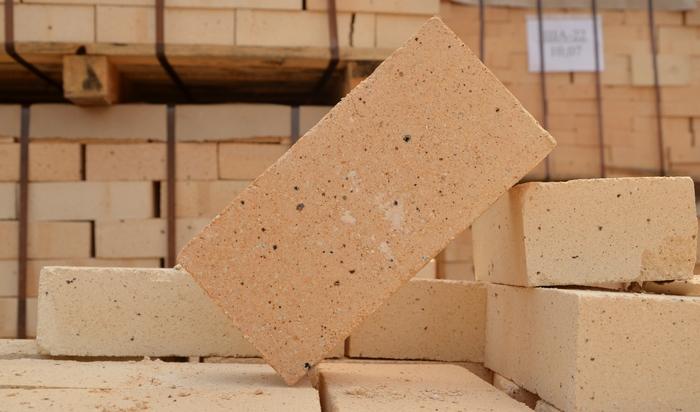 Шамотная огнеупорная глина: состав, способ применения, инструкция, для печей, как развести, сколько сохнет, своими руками, расход