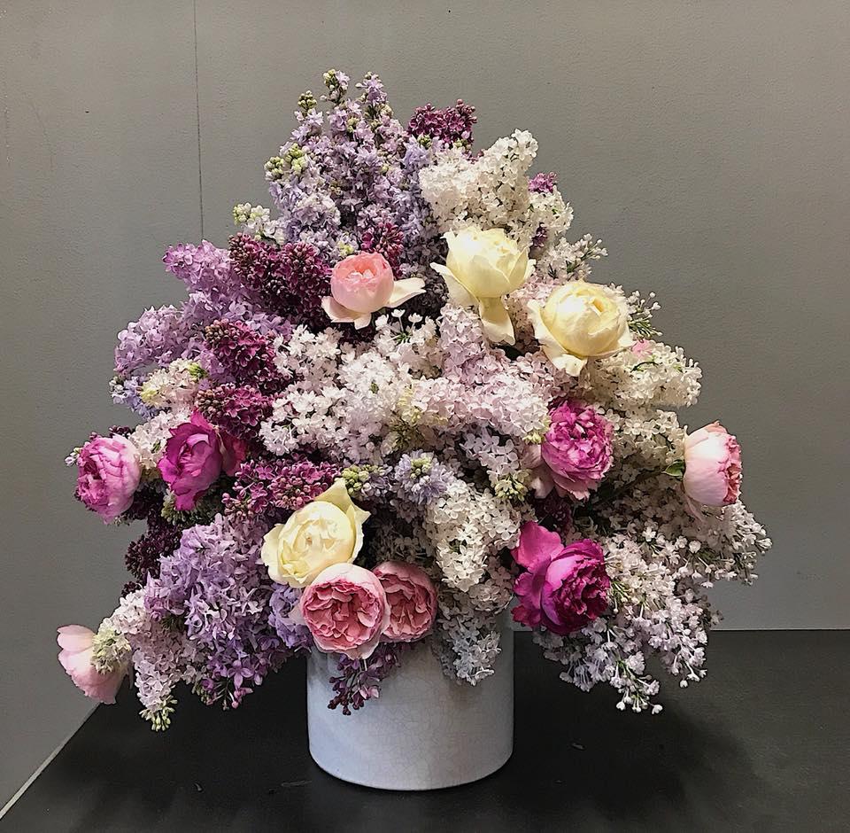 Флористика для начинающих: сборка букета пошагово по спиральному методу из любых цветов