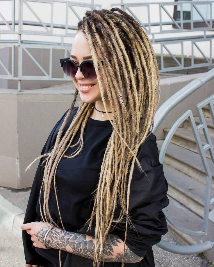 Женские дреды у девушек с волосами разного цвета и длины