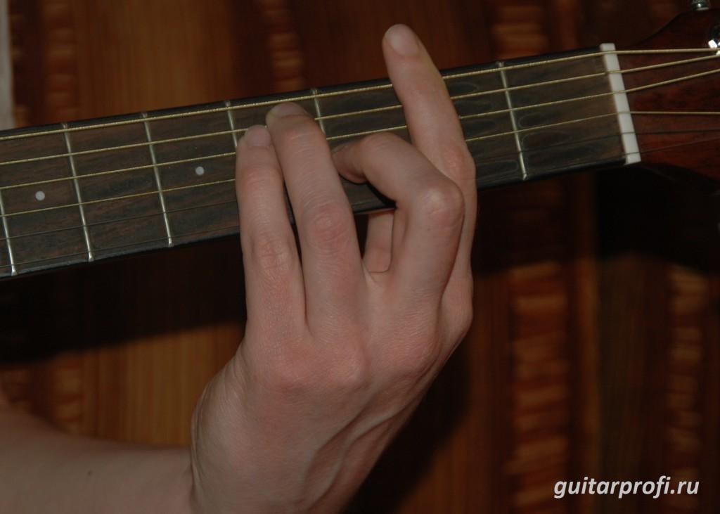 Как научиться играть баре на гитаре?