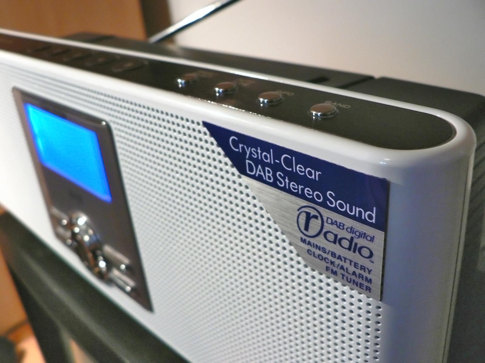 Как слушать радио онлайн: 8 бесплатных приложений и сервисов - лайфхакер
