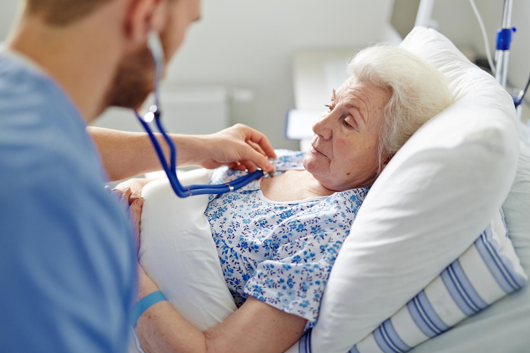 Что лечит врач гериатр?