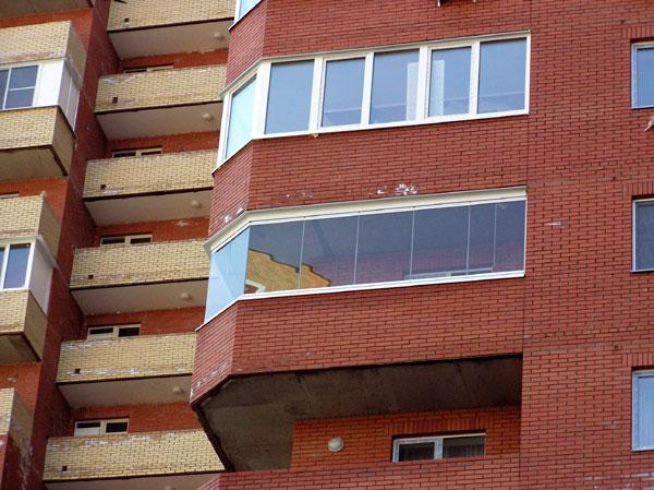 Современное остекление лоджии, виды остекления балконов: варианты, типы