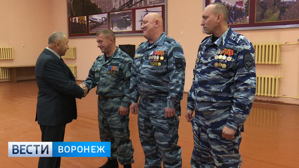 Экипировка омона россии: вооружение и амуниция бойцов, комплекты защиты и оружие