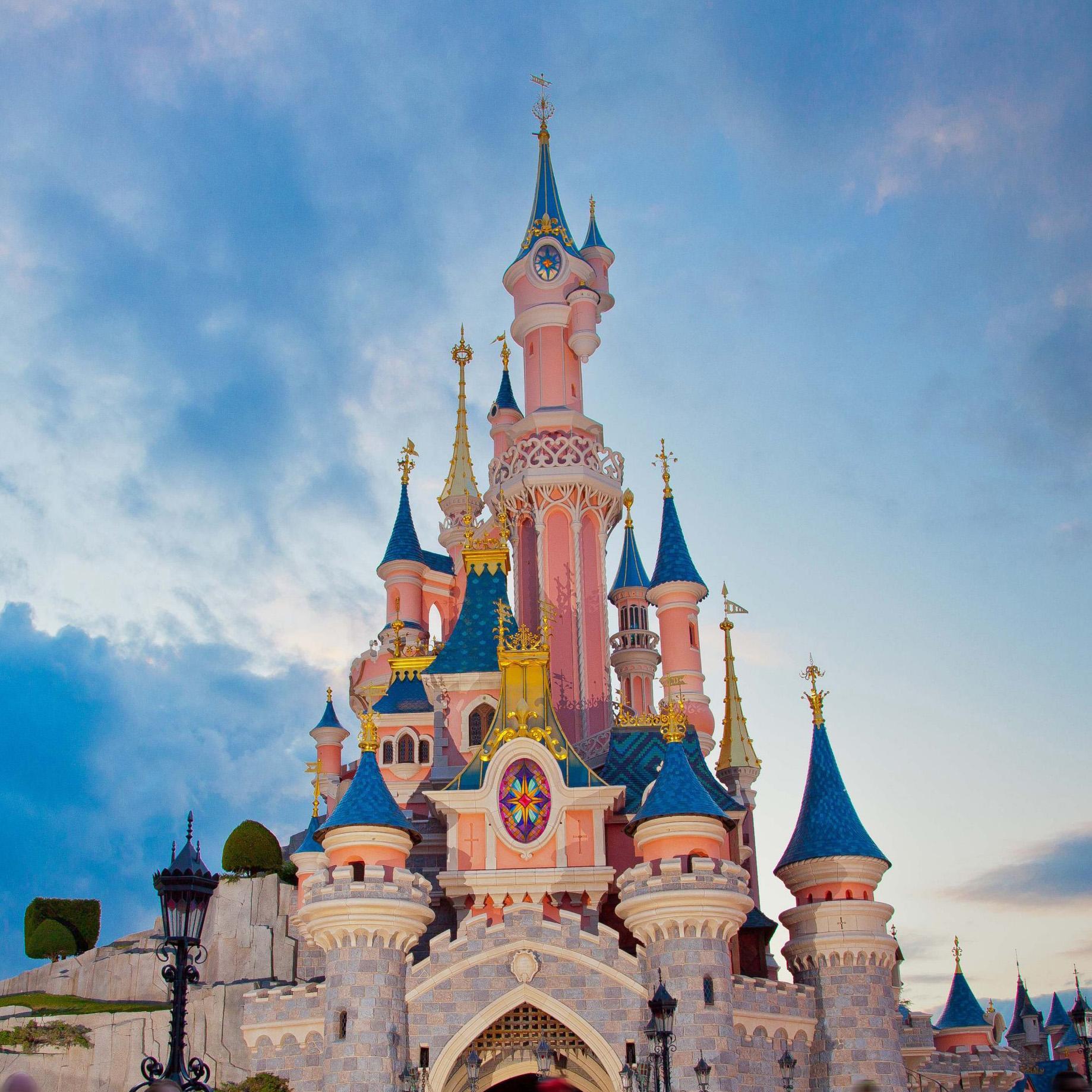 Виртуальная экскурсия по парижскому диснейленду