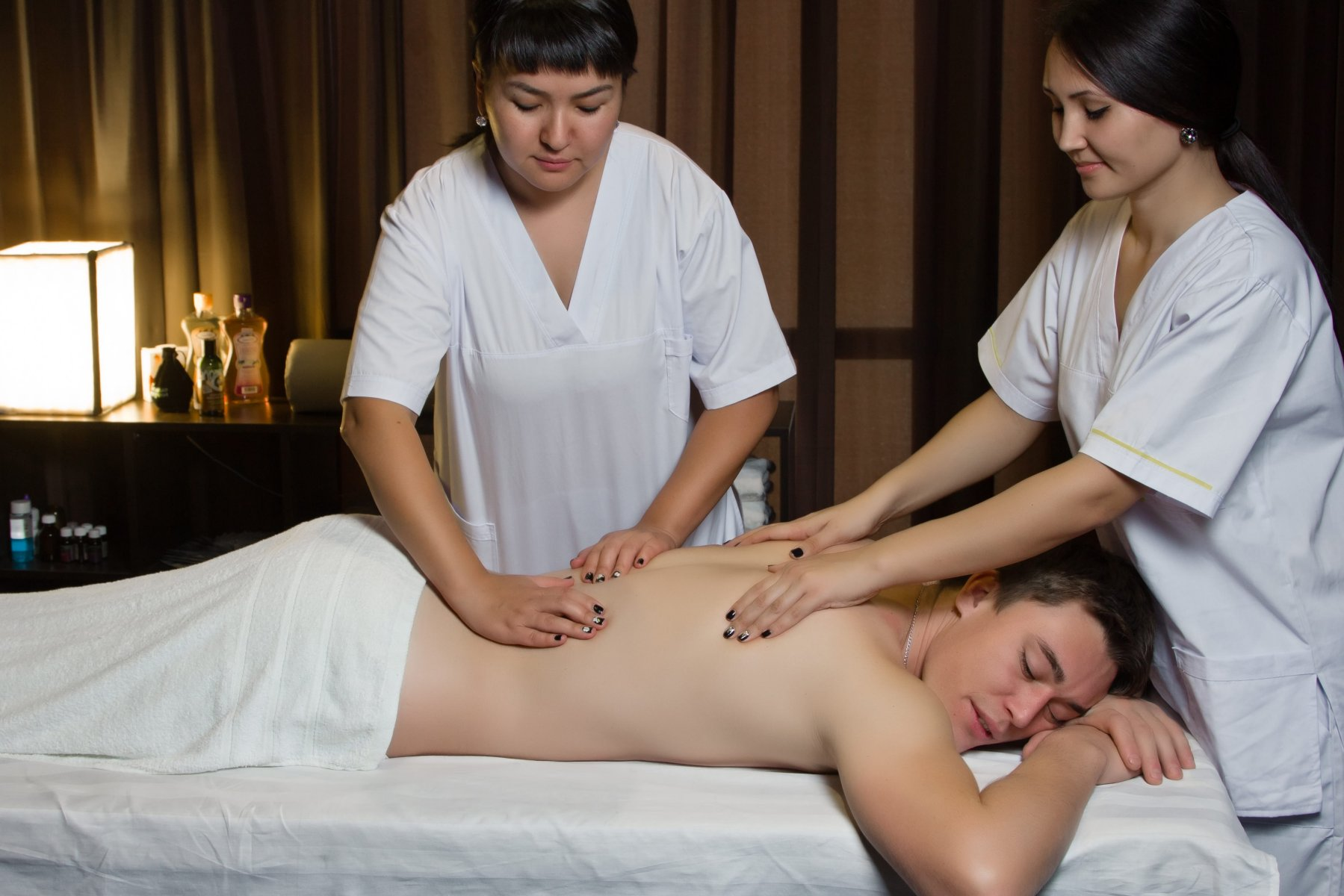 Как делают урологический массаж и чем он полезен