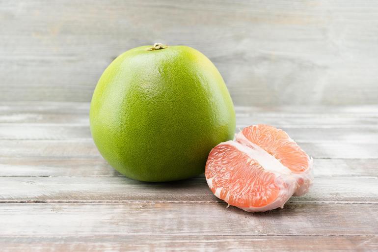 Фрукт помело - польза и вред, как выбрать фрукт