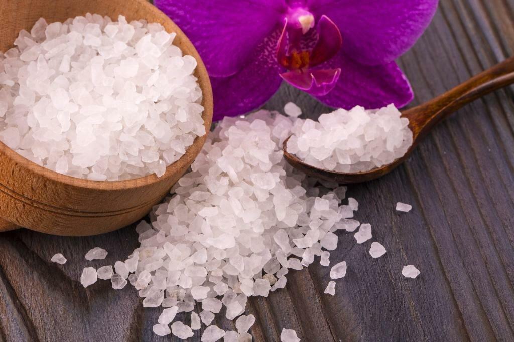 Английская соль: что это такое и какими полезными свойствами обладает