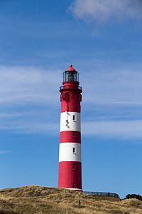 О чем символизирует маяк