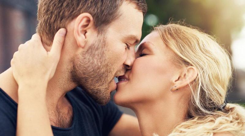 Секреты поцелуев, или 15 способов выразить чувства