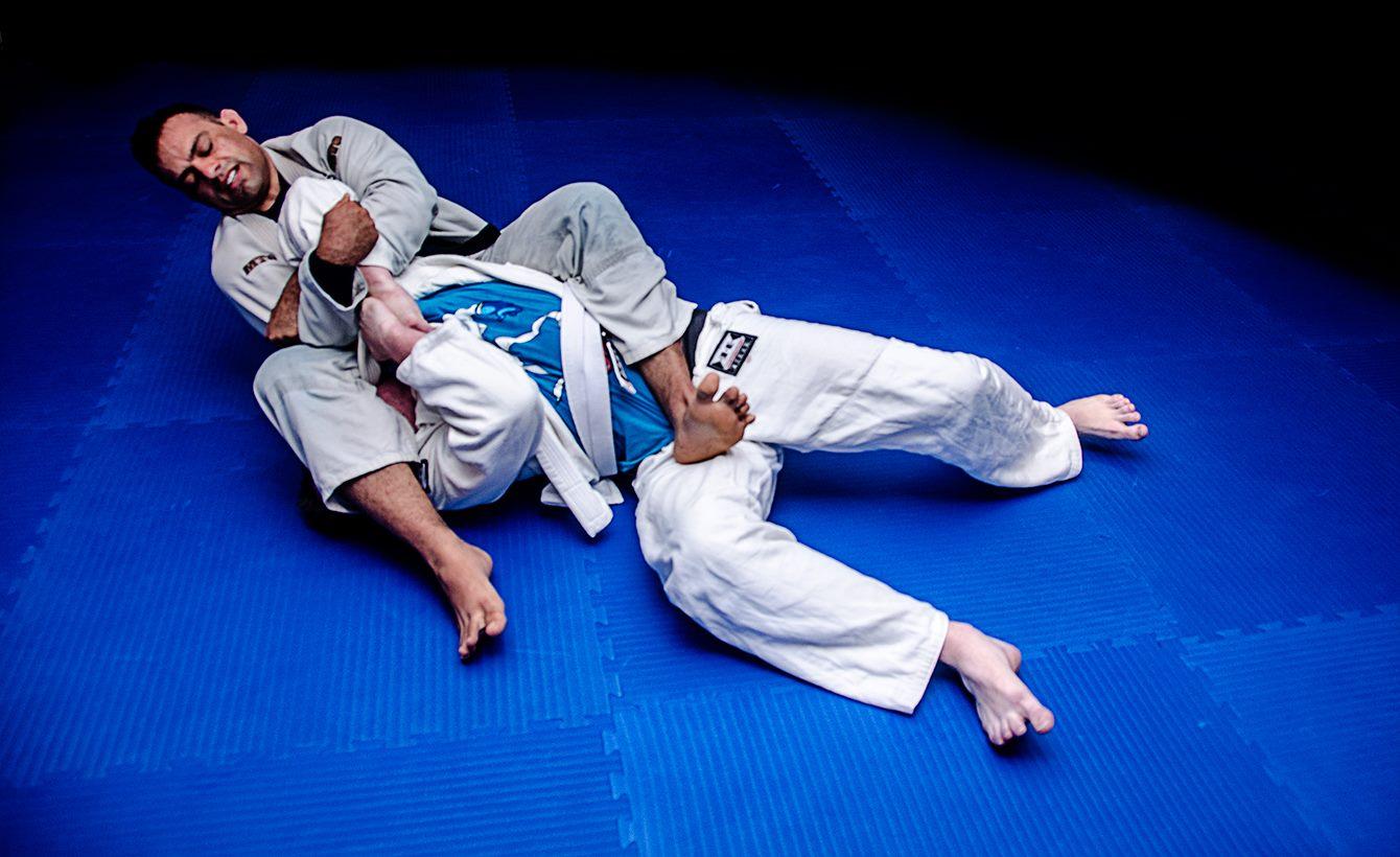 Приемы и техника джиу джитсу – мир боевых искусств