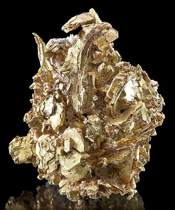 В какой технике содержится золото и как его извлечь?