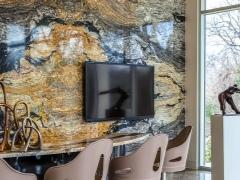 Почему слэбы из дерева — идеальное решение для интерьера (29 фото)