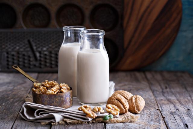 Что такое растительное молоко, его польза и вред