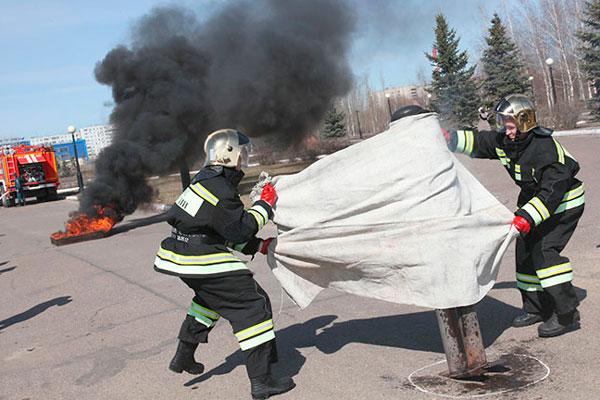 Противопожарное полотно или кошма (пожарное покрывало) пп 300, 600, 1000: применение и характеристики