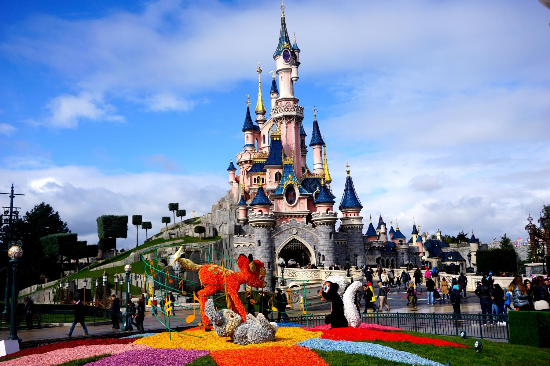 Диснейленд в париже 2020. отели рядом, аттракционы, цены на билеты и туры, режим работы, как добраться – туристер.ру