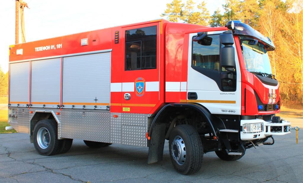 Самые первые пожарные машины в мире и в россии