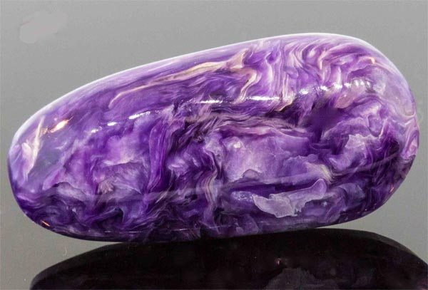 Камень перламутр: свойства, цвет, значение, кому подходит по знаку зодиака | kamniguru.ru