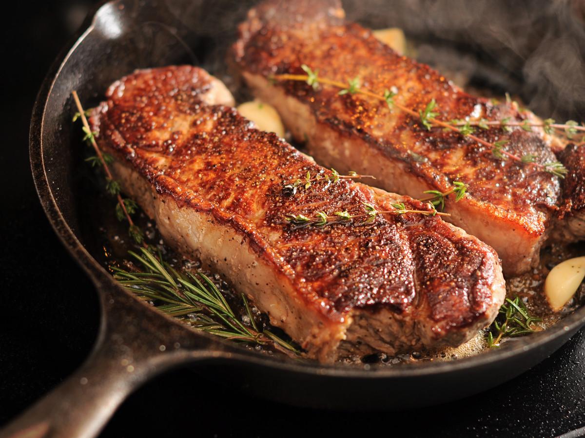 Стейк рибай на сковороде - рецепт месяца | стейк и гриль