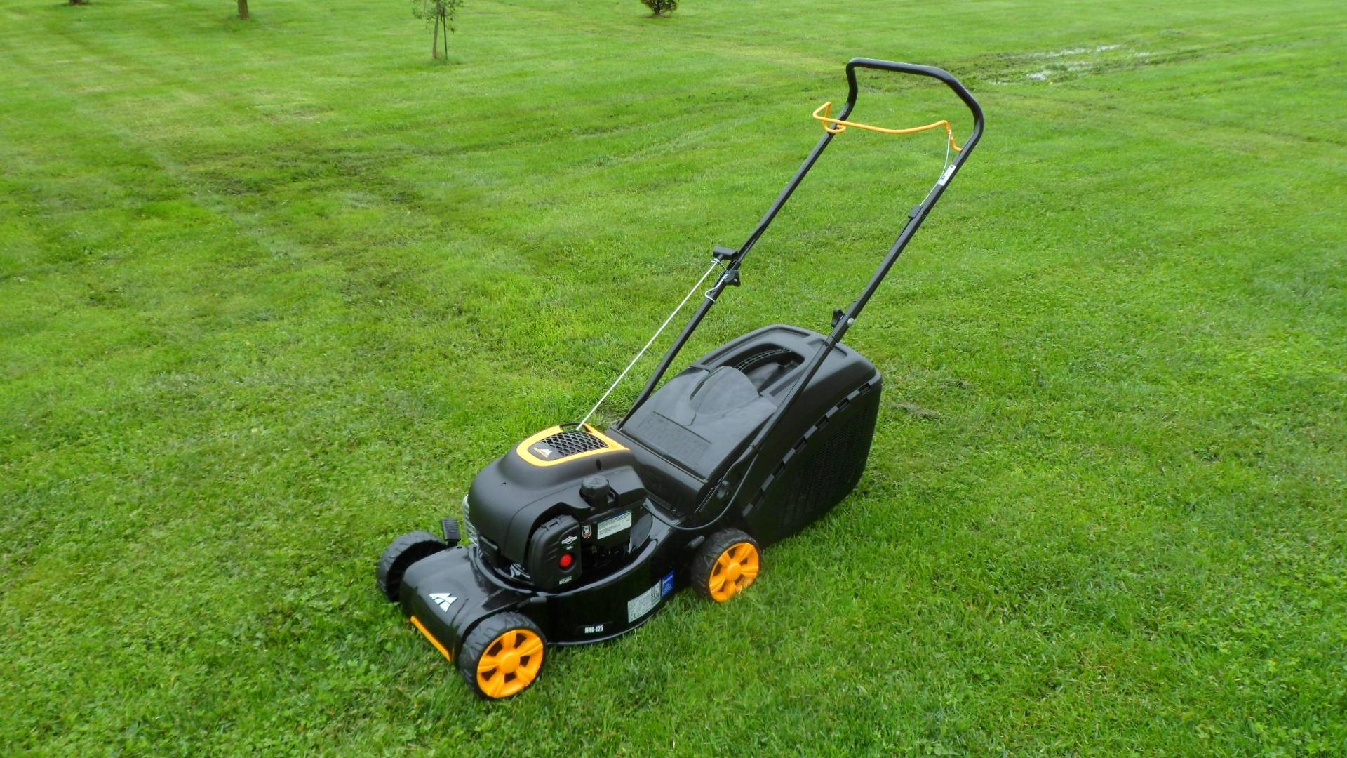 Мульчирование газона газонокосилкой — описание, преимущества и недостатки процесса