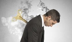 Синдром эмоционального выгорания: признаки, как с ним справиться