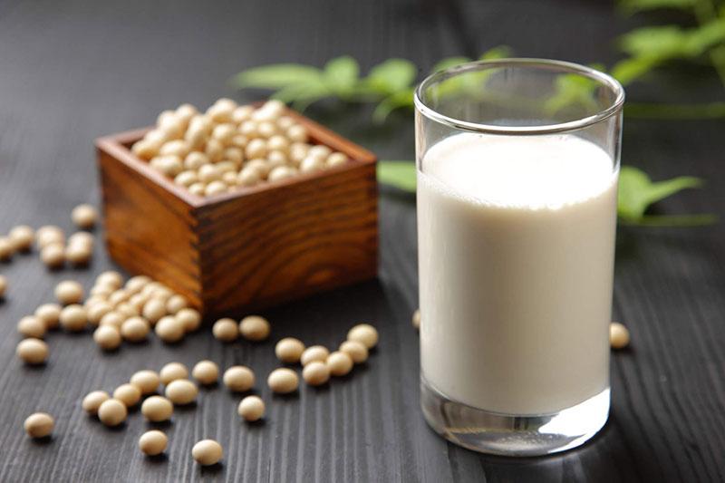 Как выбрать лучшее растительное молоко?