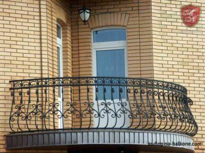 Французский балкон (98 фото): что это такое? плюсы и минусы кованых балконов в частном и панельном домах. как они выглядят внутри и снаружи?