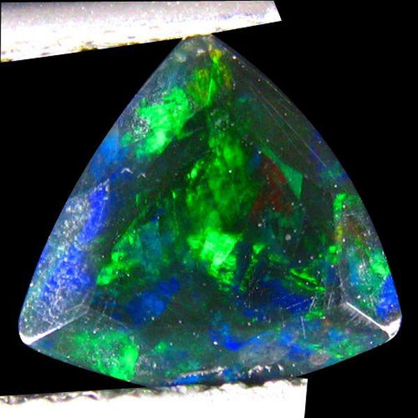 Виды опала — месторождения и оттенки камней