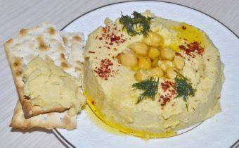 Хумус, что это такое и с чем его едят — состав, польза, рецепты приготовления