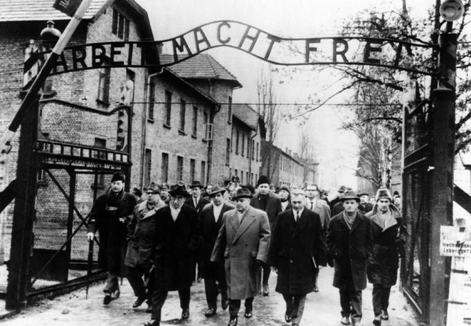 Освенцим (нем. аушвиц)