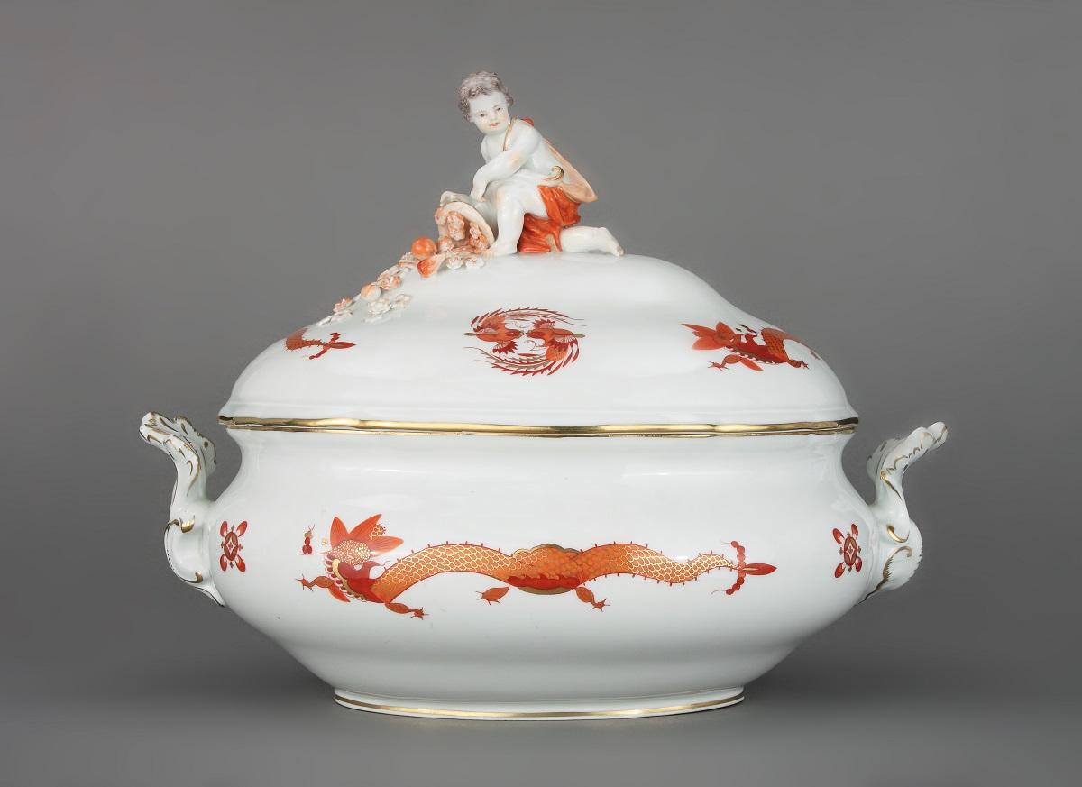 Фарфор и фаянс: такие разные грани керамики. чем отличаются и как выбрать   справочник антиквариата — «лермонтов»