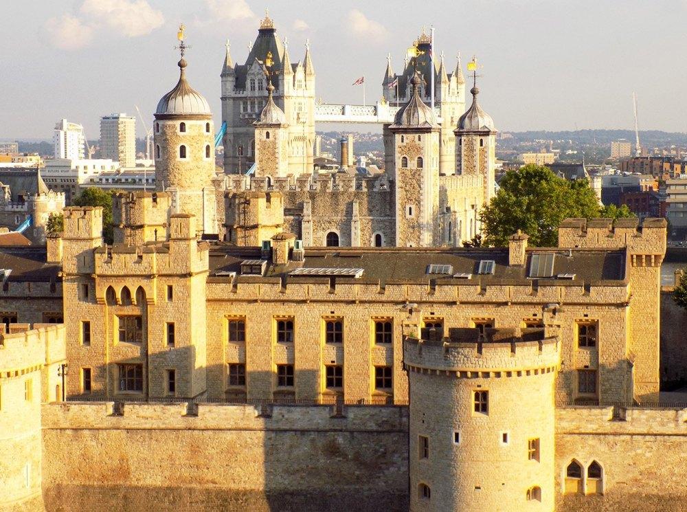 Лондонский тауэр: история, описание, фото