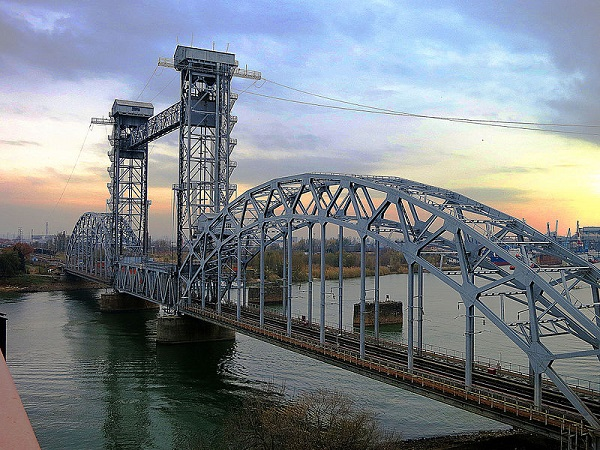Мост что это? значение слова мост