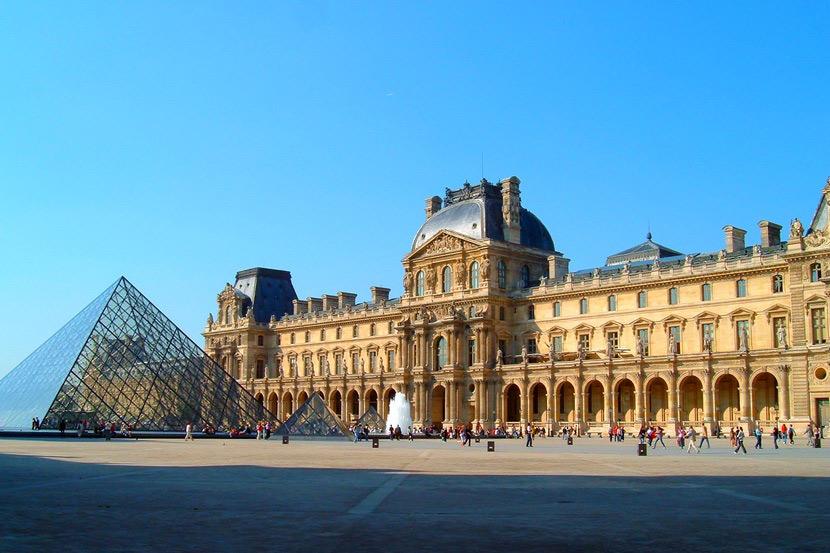Лувр — сокровищница мировых шедевров