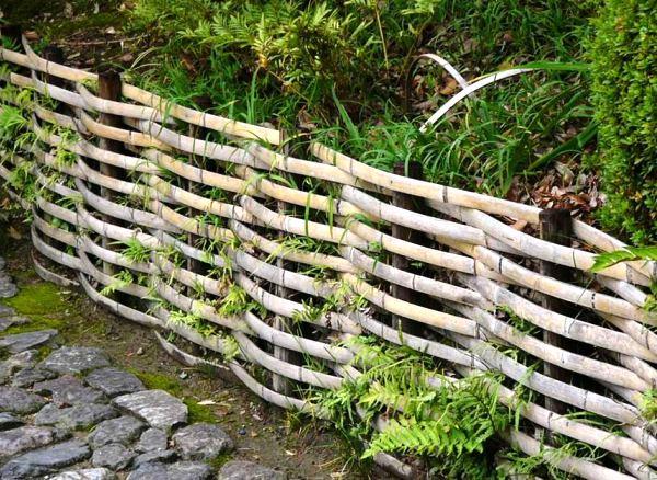 Плетень на даче: как сплести и где использовать. фото, схемы