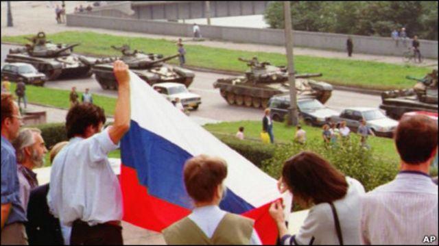 «после трёх империй у нас состоялась первая республика»: сергей станкевич о причинах и итогах событий августа 1991-го